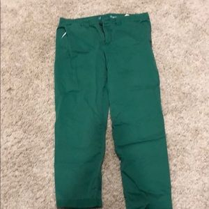 Gap pants in Kelly Green color